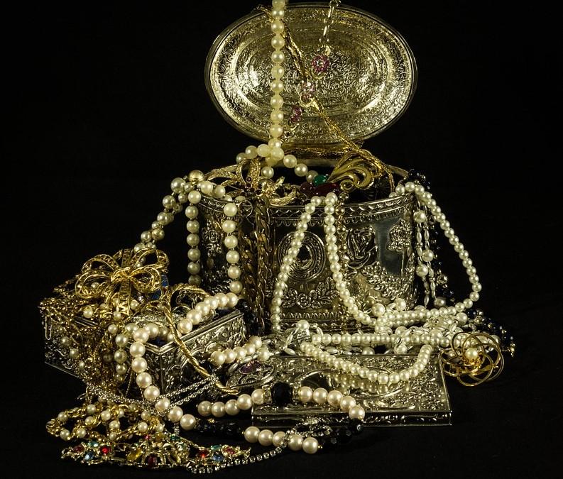 Mes astuces pour entretenir ses bijoux