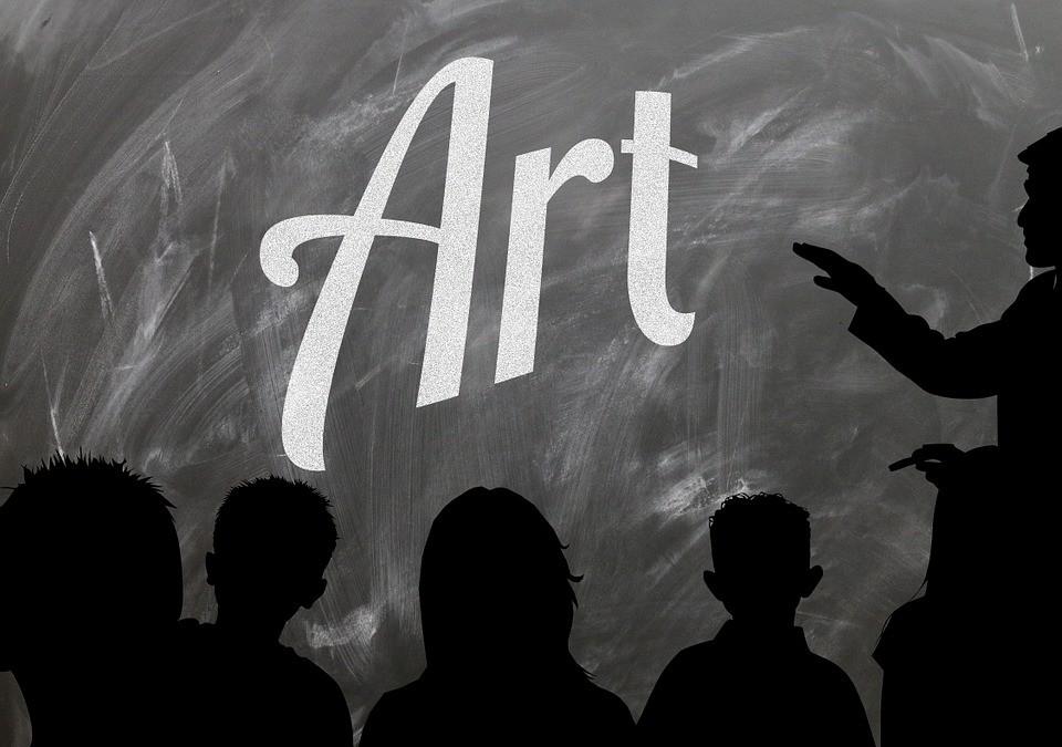 Apprendre les bases de la critique d'œuvre d'art